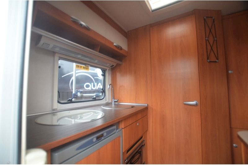 Hymer C542CL Just 20k Miles + High Spec + Exceptional Condition Image 47