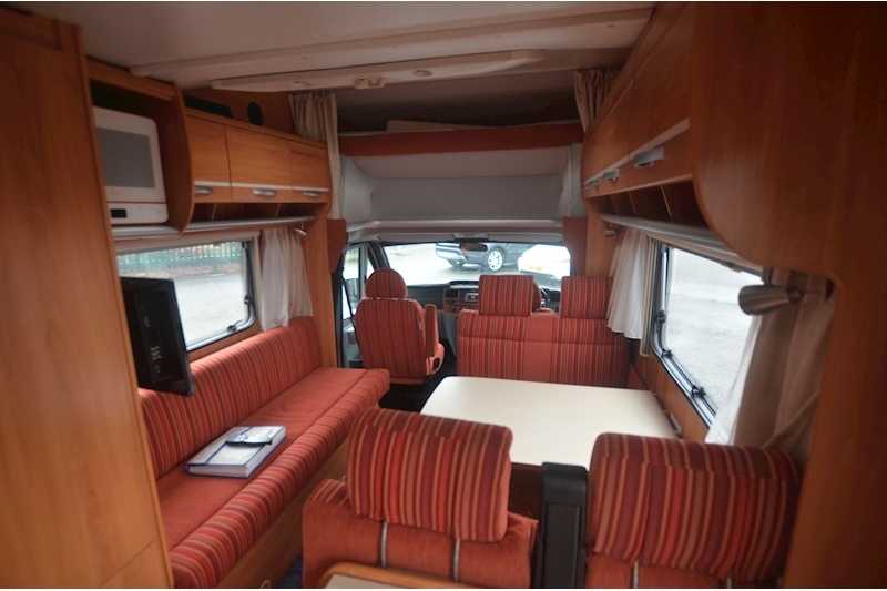 Hymer C542CL Just 20k Miles + High Spec + Exceptional Condition Image 48