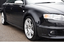Audi RS4 RS4 4.2 Saloon 4dr Petrol Manual quattro (324 g/km, 415 bhp) 4.2 4dr Saloon Manual Petrol - Thumb 18