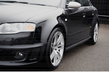 Audi RS4 RS4 4.2 Saloon 4dr Petrol Manual quattro (324 g/km, 415 bhp) 4.2 4dr Saloon Manual Petrol - Thumb 19