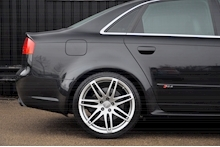 Audi RS4 RS4 4.2 Saloon 4dr Petrol Manual quattro (324 g/km, 415 bhp) 4.2 4dr Saloon Manual Petrol - Thumb 21