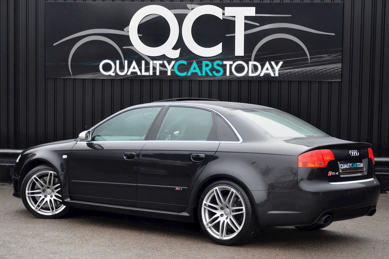 Audi RS4 RS4 4.2 Saloon 4dr Petrol Manual quattro (324 g/km, 415 bhp) 4.2 4dr Saloon Manual Petrol - Large 6