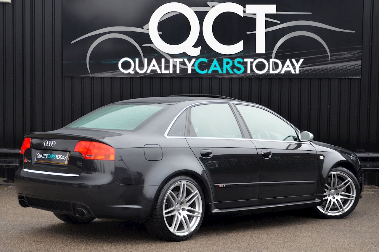 Audi RS4 RS4 4.2 Saloon 4dr Petrol Manual quattro (324 g/km, 415 bhp) 4.2 4dr Saloon Manual Petrol - Large 7