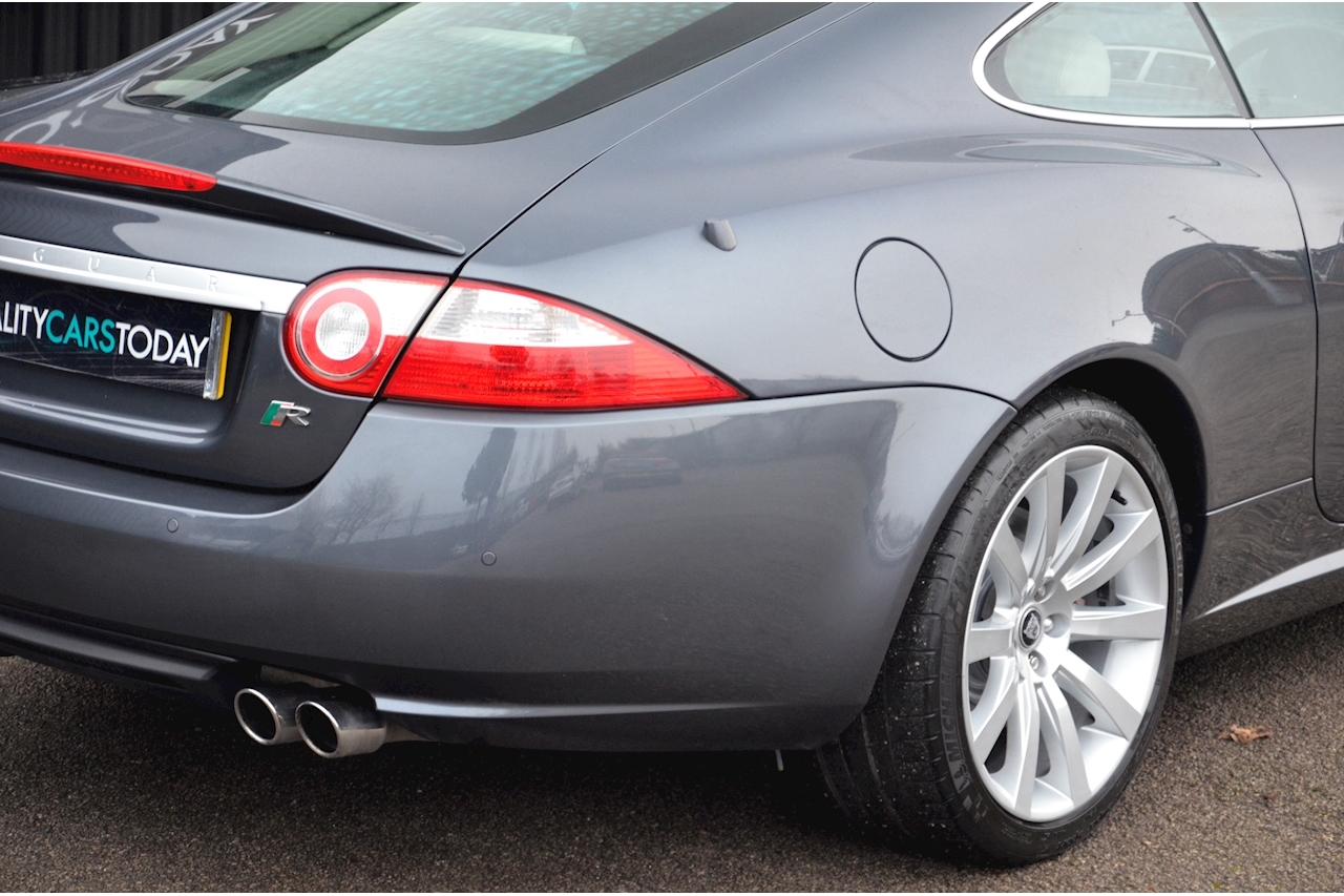 Jaguar XKR Just 26k Miles + 2 Former Keepers + 11 Services + Outstanding - Large 14