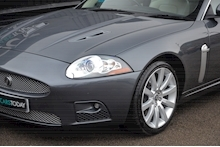 Jaguar XKR Just 26k Miles + 2 Former Keepers + 11 Services + Outstanding - Thumb 18