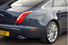 Jaguar XJ Portfolio 1 Owner + FSH + Huge Spec + Rear Entertainment - Thumb 10