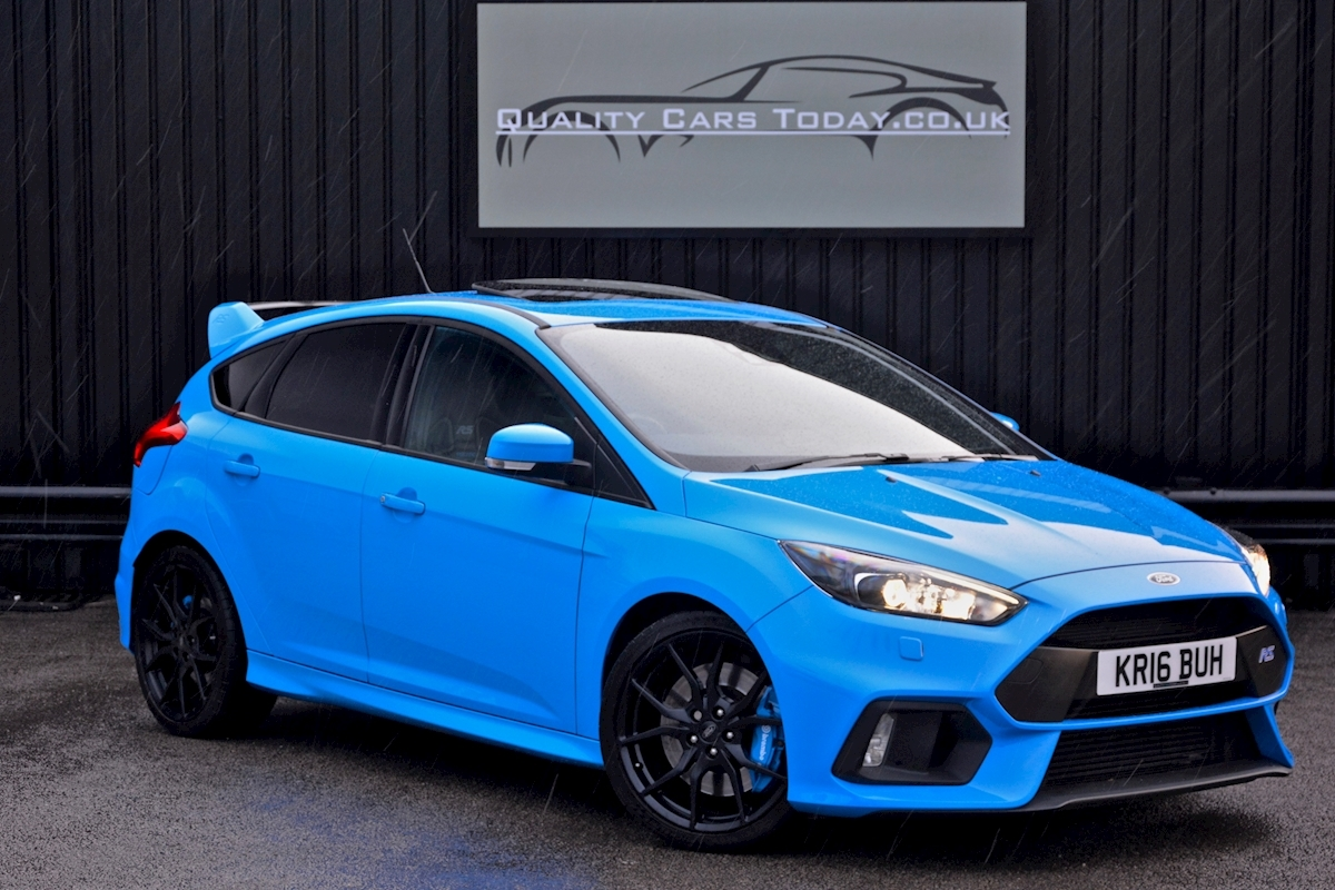 Ford focus rs dealer 1 lady owner total spec large 0