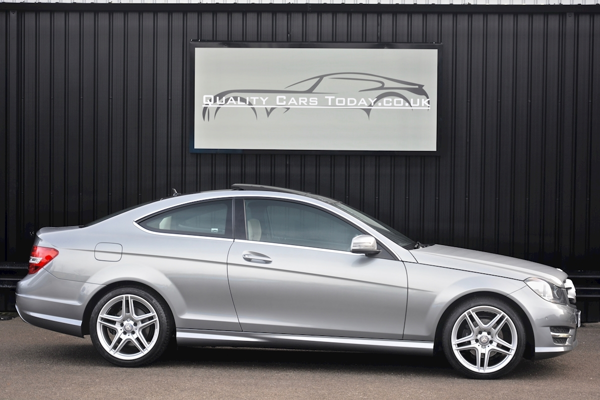 Mercedes C220 CDI AMG Sport Coupe *1 Former Keeper + Massive Specification* - Large 5