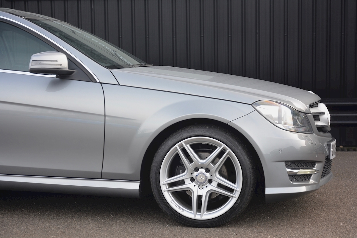 Mercedes C220 CDI AMG Sport Coupe *1 Former Keeper + Massive Specification* - Large 12