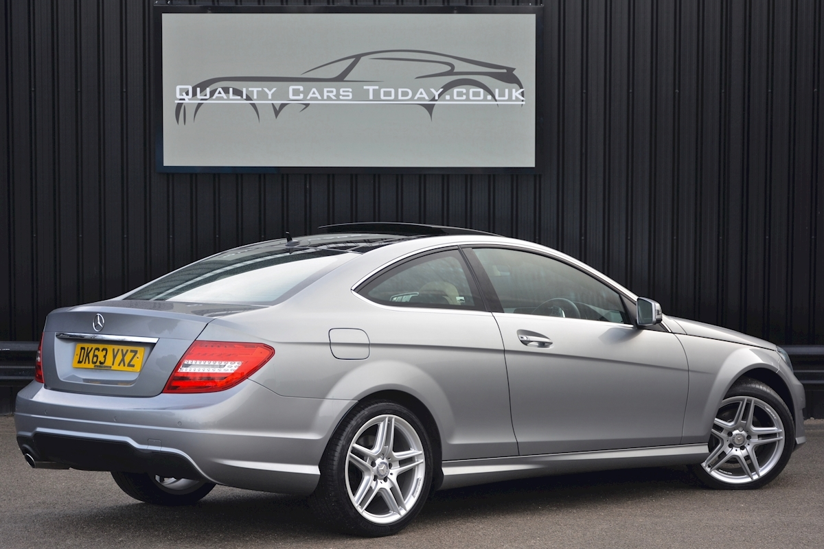 Mercedes C220 CDI AMG Sport Coupe *1 Former Keeper + Massive Specification* - Large 6