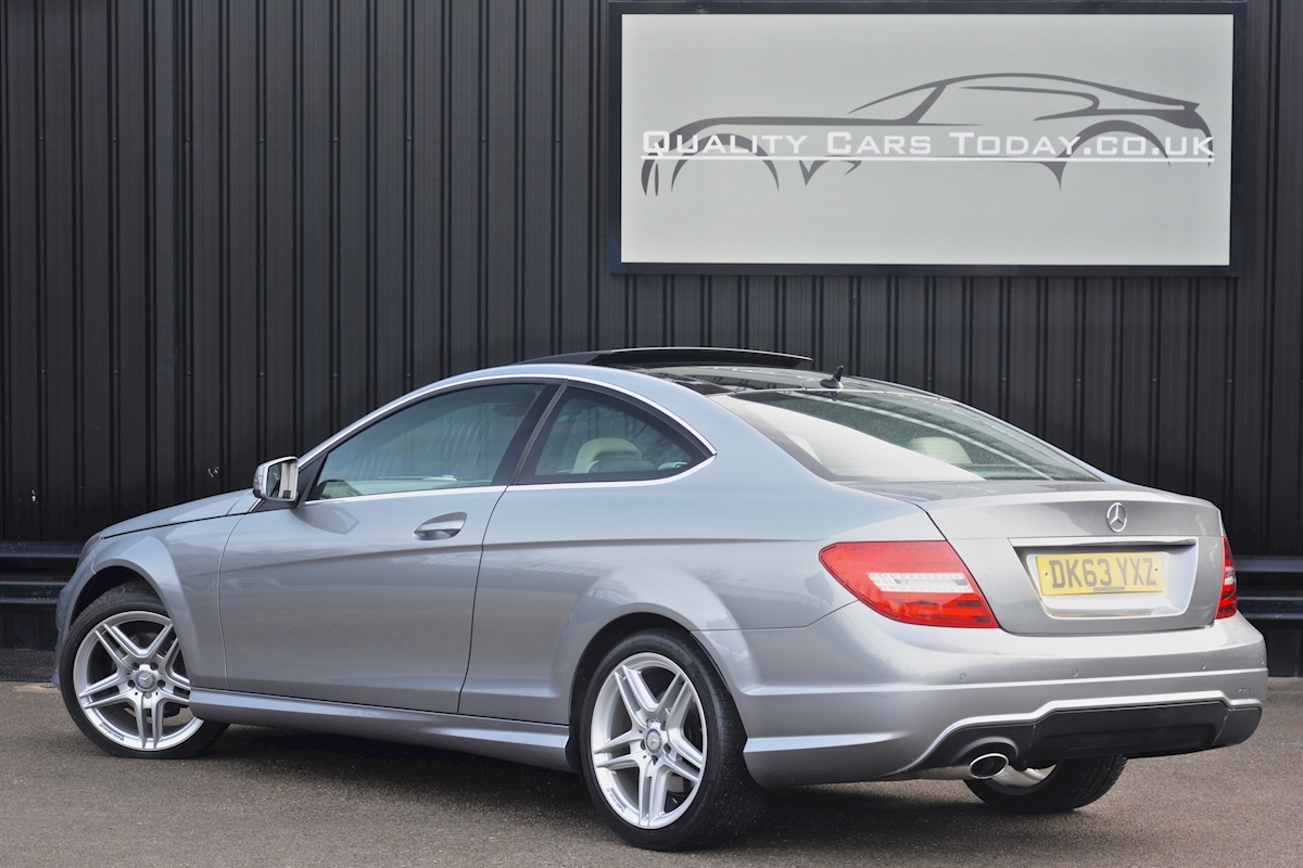 Mercedes C220 CDI AMG Sport Coupe *1 Former Keeper + Massive Specification* - Large 1
