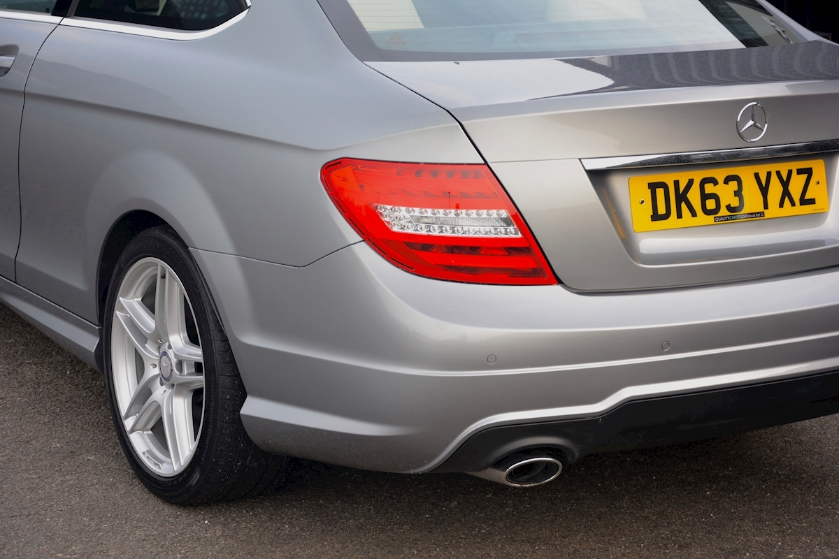 Mercedes C220 CDI AMG Sport Coupe *1 Former Keeper + Massive Specification* - Large 17