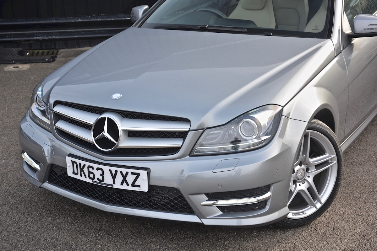 Mercedes C220 CDI AMG Sport Coupe *1 Former Keeper + Massive Specification* - Large 40