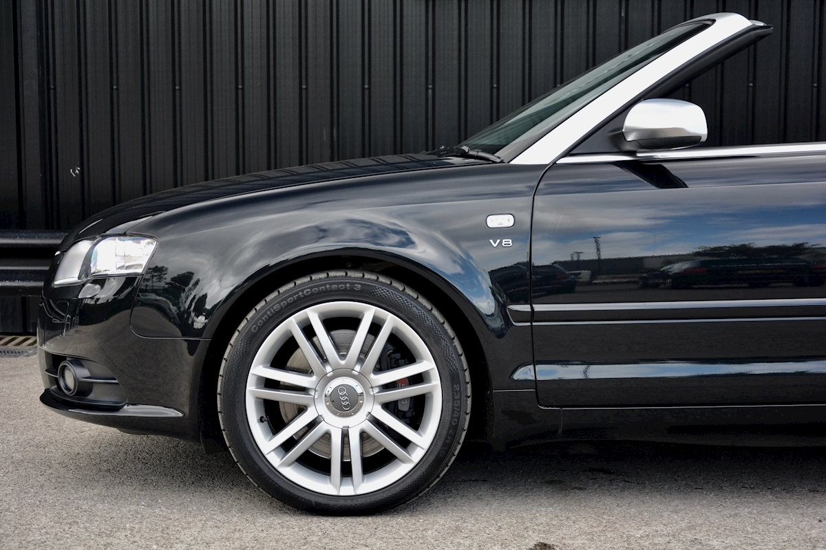 Audi S4 4.2 V8 Quattro Convertible 1 Former Keeper + Full Audi Main Dealer History - Large 16