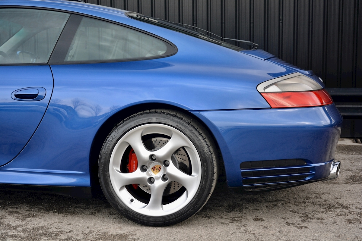 Porsche 911 Carrera 4S *Massive Rare Specification* - Large 29