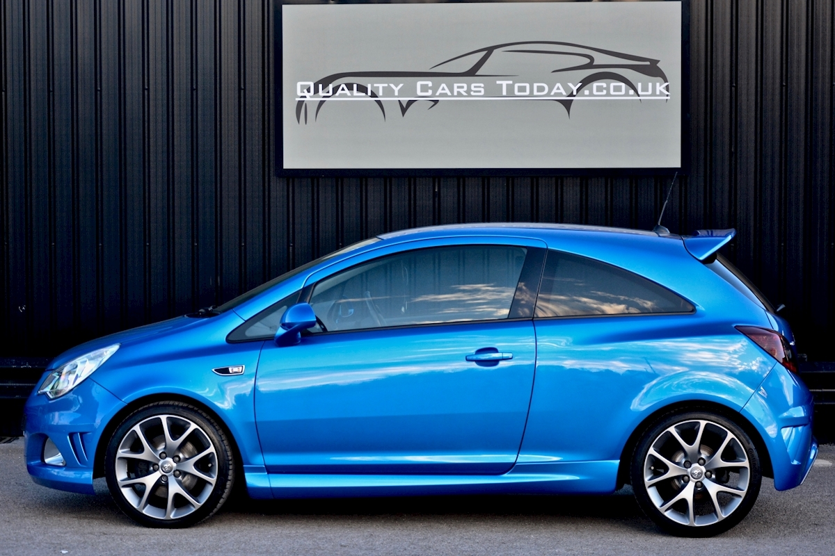 Vauxhall Corsa VXR Blue Edition Full Vauxhall Main Dealer History - Large 1