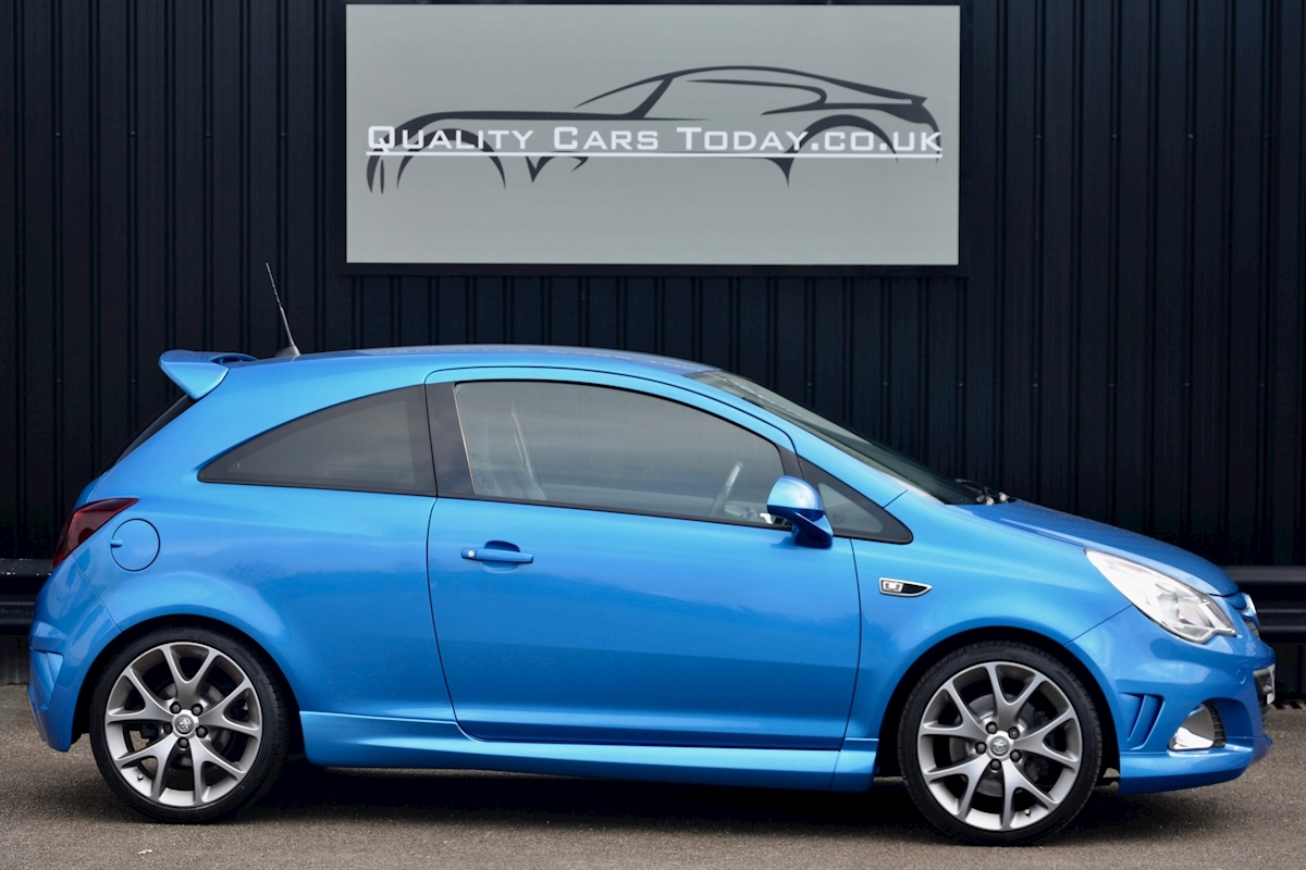 Vauxhall Corsa VXR Blue Edition Full Vauxhall Main Dealer History - Large 12