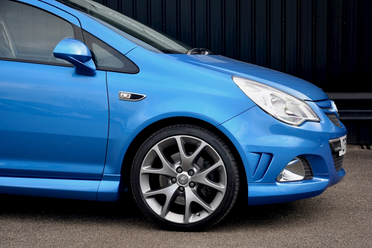 Vauxhall Corsa VXR Blue Edition Full Vauxhall Main Dealer History - Large 16