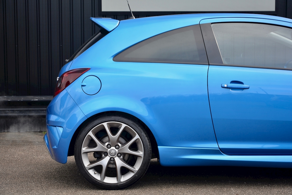 Vauxhall Corsa VXR Blue Edition Full Vauxhall Main Dealer History - Large 15