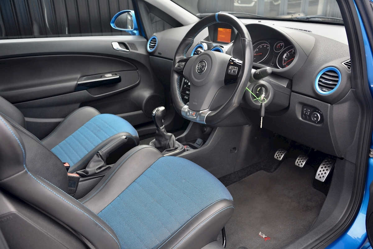 Vauxhall Corsa VXR Blue Edition Full Vauxhall Main Dealer History - Large 6