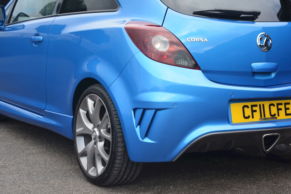 Vauxhall Corsa VXR Blue Edition Full Vauxhall Main Dealer History - Large 21
