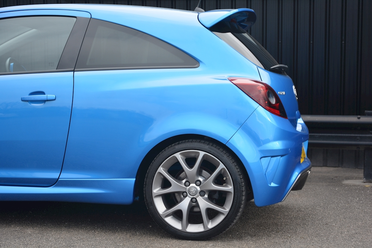 Vauxhall Corsa VXR Blue Edition Full Vauxhall Main Dealer History - Large 20