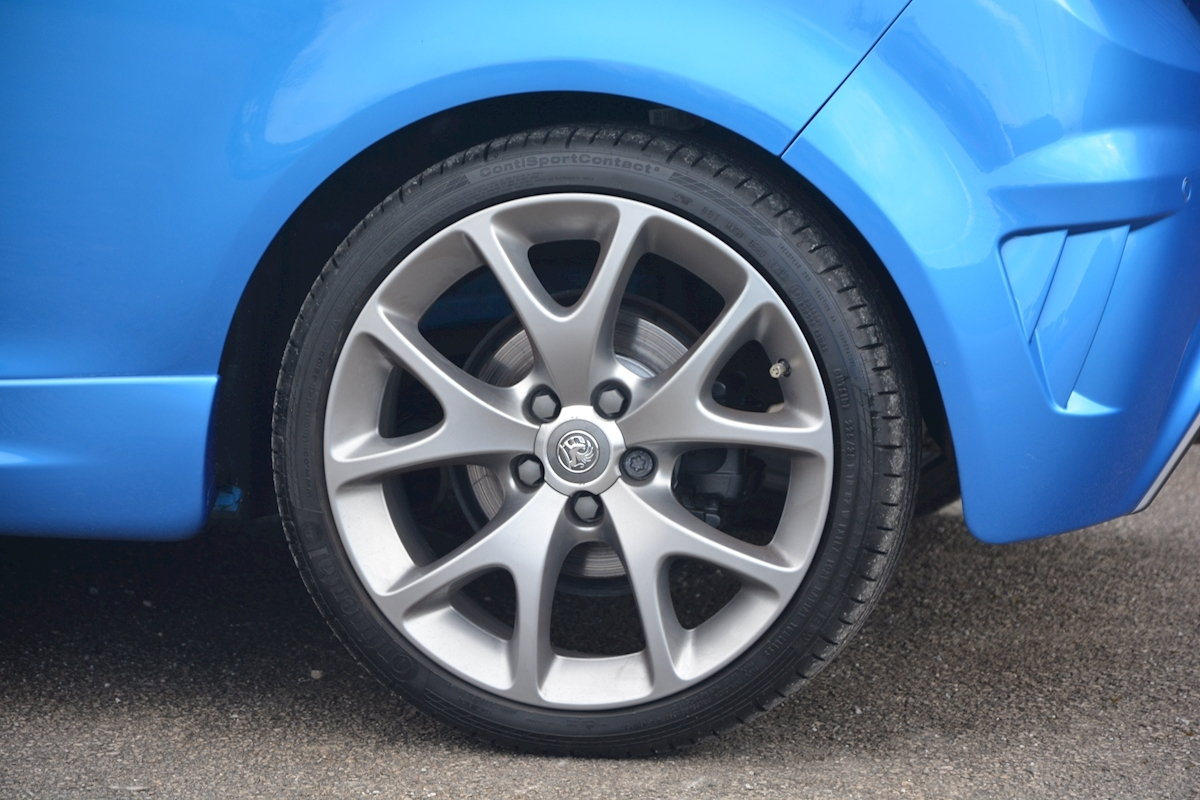 Vauxhall Corsa VXR Blue Edition Full Vauxhall Main Dealer History - Large 23