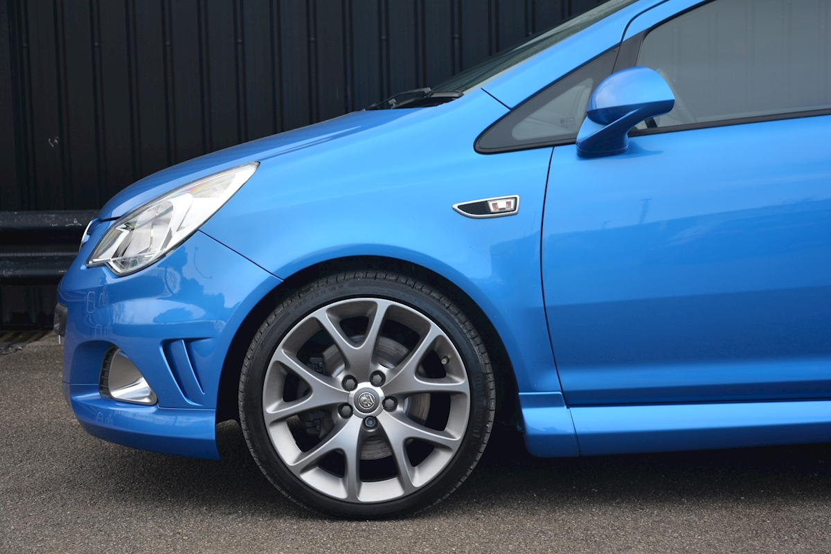 Vauxhall Corsa VXR Blue Edition Full Vauxhall Main Dealer History - Large 19