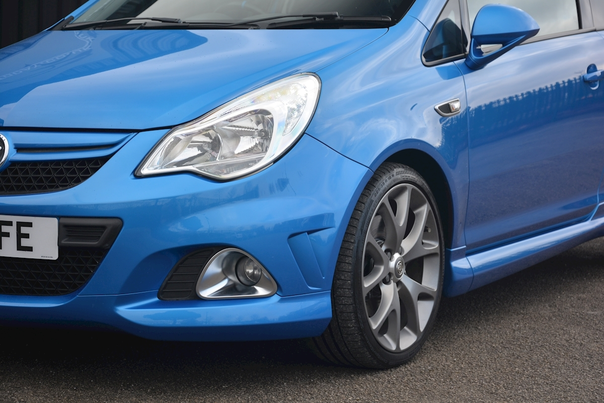 Vauxhall Corsa VXR Blue Edition Full Vauxhall Main Dealer History - Large 18