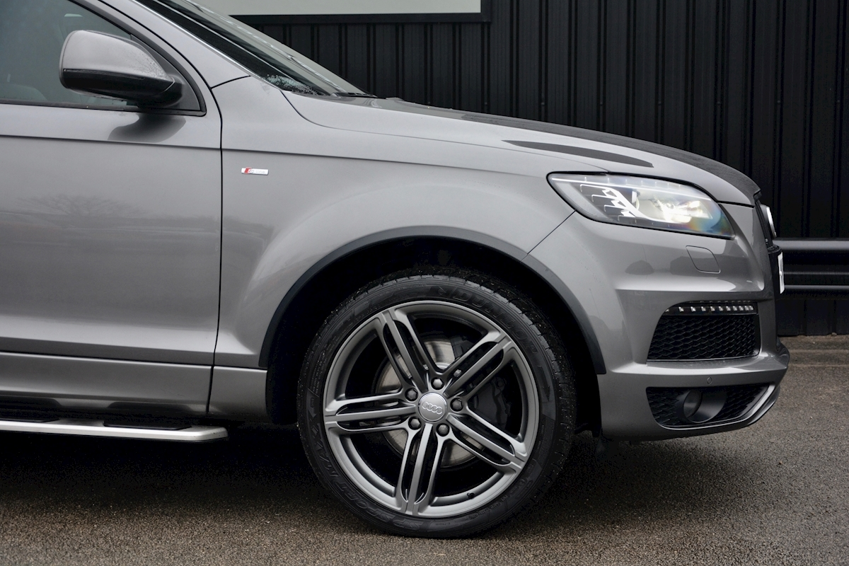 Audi Q7 3.0 TDI S-Line quattro 1 Former Keeper + Full Audi Main Dealer History + High Spec - Large 9
