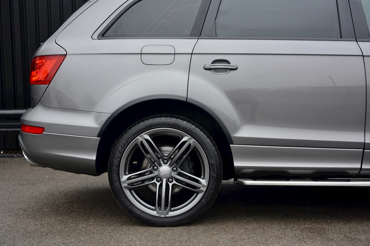 Audi Q7 3.0 TDI S-Line quattro 1 Former Keeper + Full Audi Main Dealer History + High Spec - Large 8