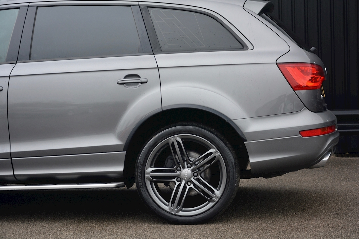 Audi Q7 3.0 TDI S-Line quattro 1 Former Keeper + Full Audi Main Dealer History + High Spec - Large 13