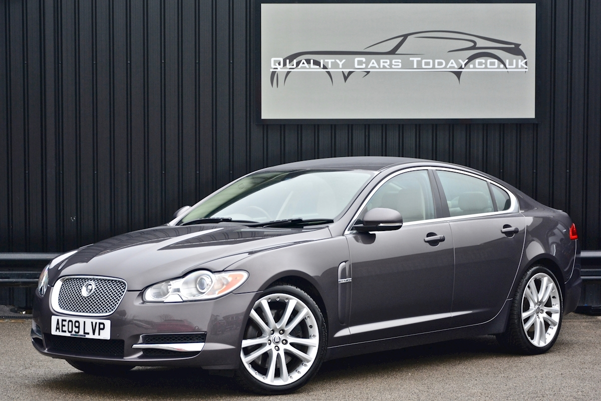 Jaguar Xf S 3.0 V6 Premium Luxury 270 bhp Massive Specification + Enthusiast Owned - Large 11
