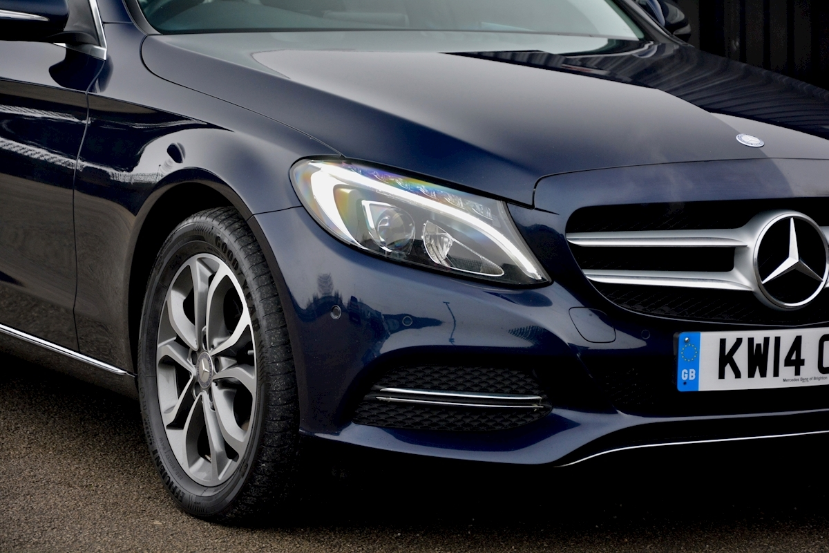 Mercedes C200 Sport 7G Tronic Plus Auto Family Ownership + Full MB Main Dealer History - Large 13