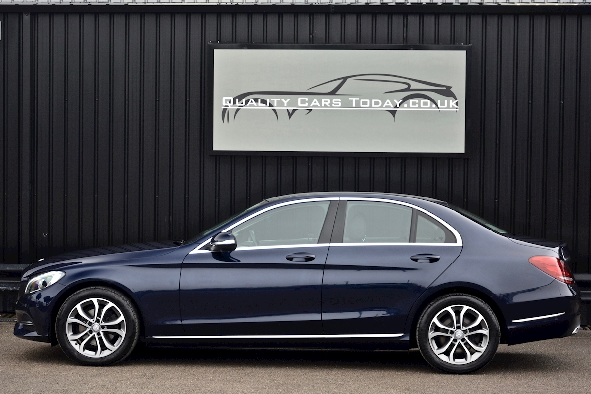Mercedes C200 Sport 7G Tronic Plus Auto Family Ownership + Full MB Main Dealer History - Large 1