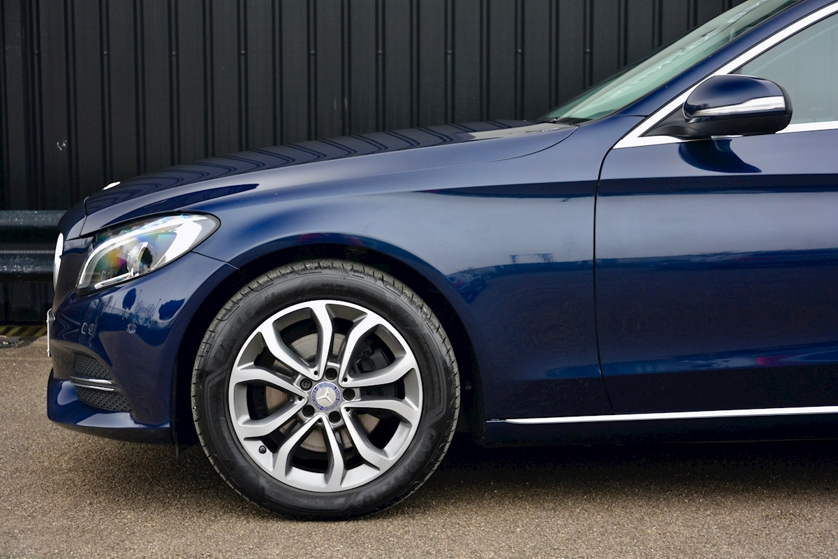 Mercedes C200 Sport 7G Tronic Plus Auto Family Ownership + Full MB Main Dealer History - Large 15