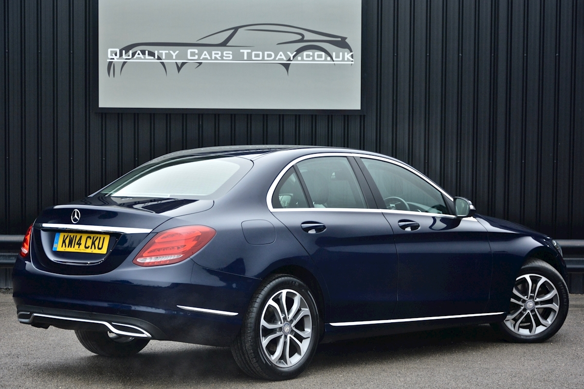 Mercedes C200 Sport 7G Tronic Plus Auto Family Ownership + Full MB Main Dealer History - Large 7