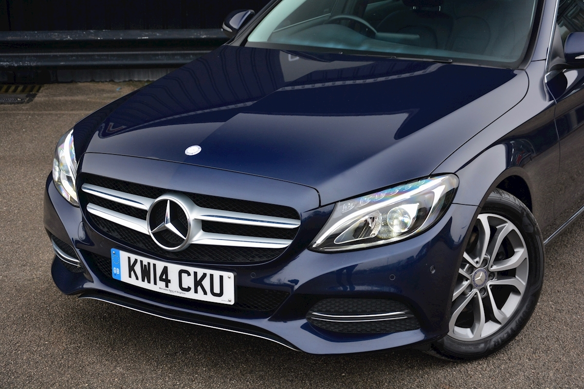 Mercedes C200 Sport 7G Tronic Plus Auto Family Ownership + Full MB Main Dealer History - Large 9