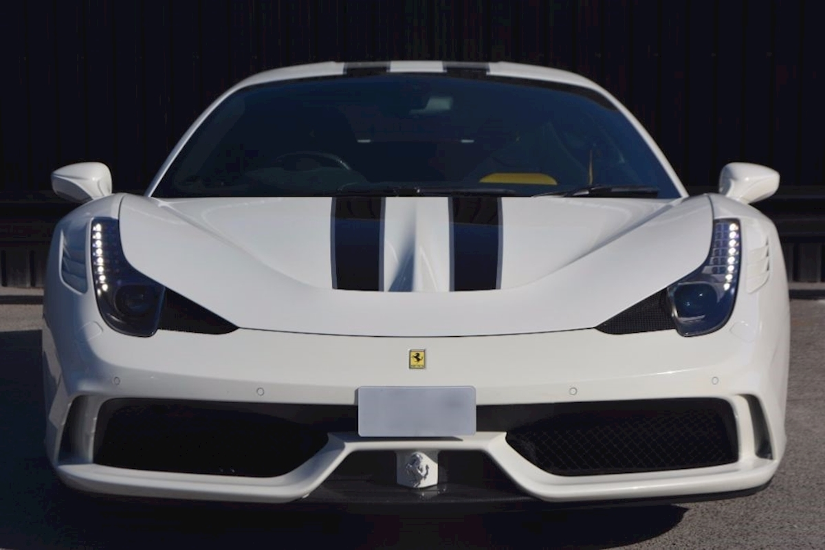 Ferrari 458 Speciale *Extensive Carbon Fibre Options etc* - Large 3