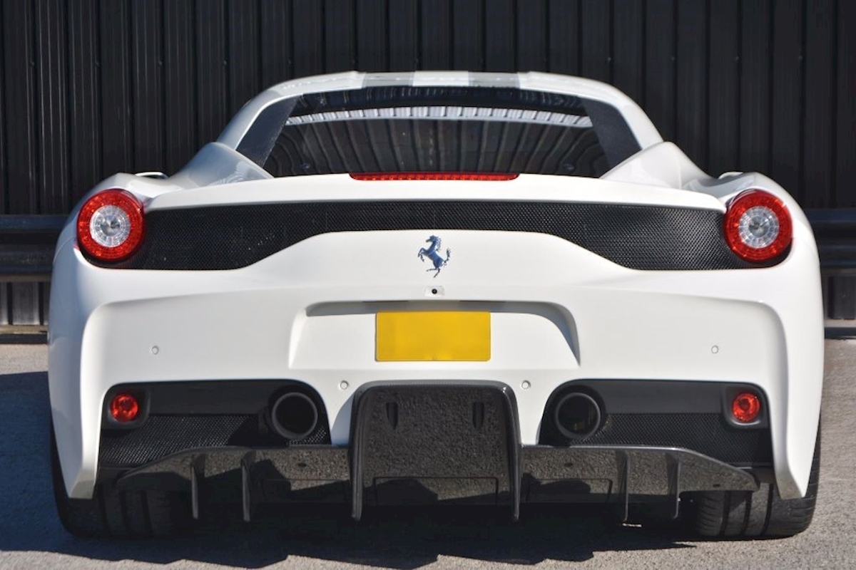 Ferrari 458 Speciale *Extensive Carbon Fibre Options etc* - Large 4