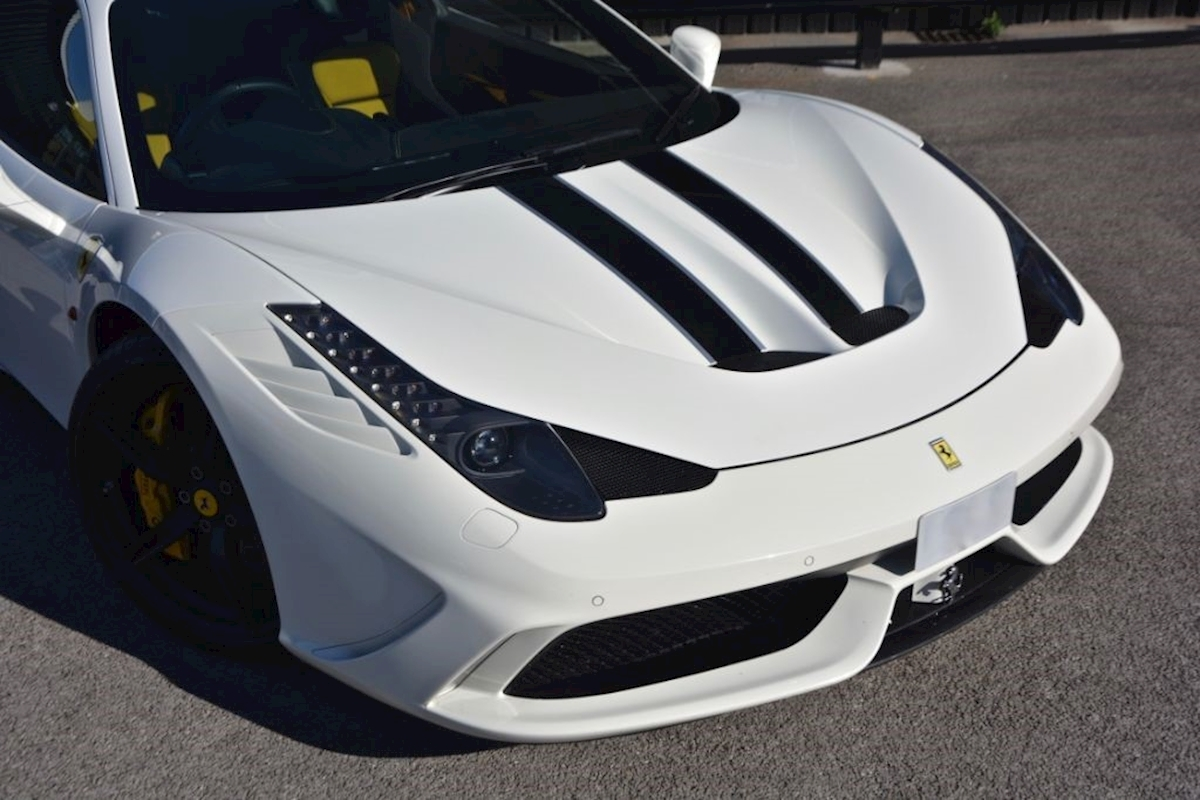Ferrari 458 Speciale *Extensive Carbon Fibre Options etc* - Large 2