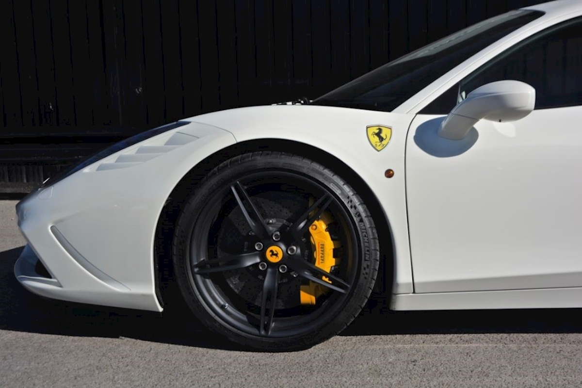 Ferrari 458 Speciale *Extensive Carbon Fibre Options etc* - Large 5