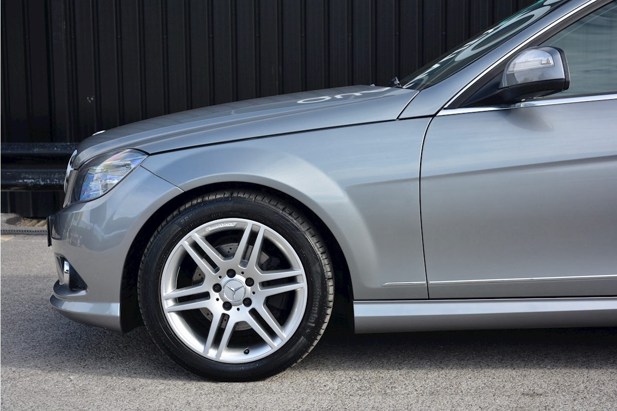 Mercedes C220 CDI Sport Auto 1 Owner + Full MB  History + Just 14k Miles - Large 18