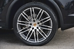 Porsche Cayenne 3.0 V6 Diesel Panoramic Roof + Air Suspension + BOSE + Turbo Wheels - Thumb 26