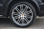 Porsche Cayenne 3.0 V6 Diesel Panoramic Roof + Air Suspension + BOSE + Turbo Wheels - Thumb 24