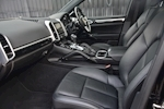 Porsche Cayenne 3.0 V6 Diesel Panoramic Roof + Air Suspension + BOSE + Turbo Wheels - Thumb 2
