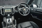 Porsche Cayenne 3.0 V6 Diesel Panoramic Roof + Air Suspension + BOSE + Turbo Wheels - Thumb 48