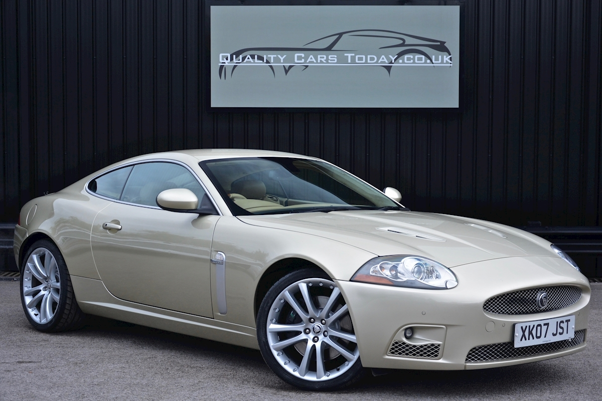 Jaguar/Daimler Xk XKR 4.2 V8 Supercharged *2 Lady Owners + Full Jaguar Main