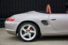 Porsche Boxster 3.2 S Manual 14 Porsche Main Dealer Stamps + Ultra Rare - Thumb 21