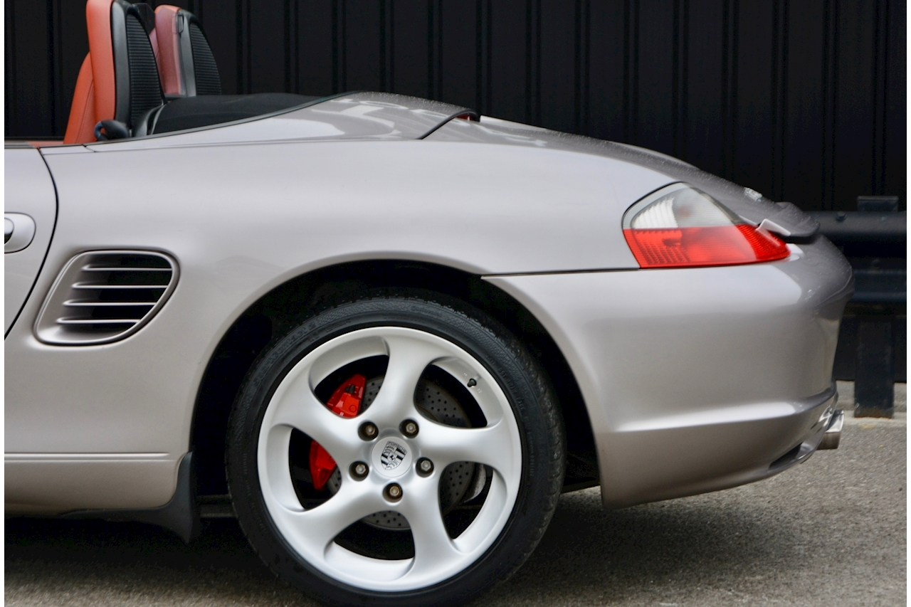 Porsche Boxster 3.2 S Manual 14 Porsche Main Dealer Stamps + Ultra Rare - Large 27